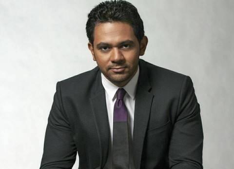 حسام الدين حسين: مذيع الأخبار هو الأقوى مهنيًا.. ويمكنه تقديم أي قالب آخر