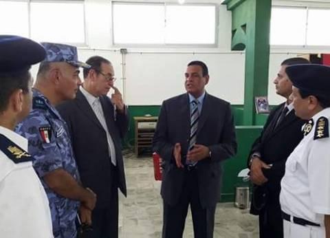 رئيس مدينة سفاجا يتابع تجهيزات اللجان العامة لتجميع أصوات الناخبين