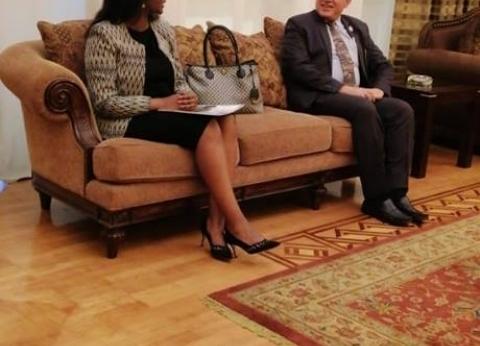 """عبد العاطي يلتقي بوزيرة التجارة الرواندية على هامش """"إفريقيا 2018"""""""