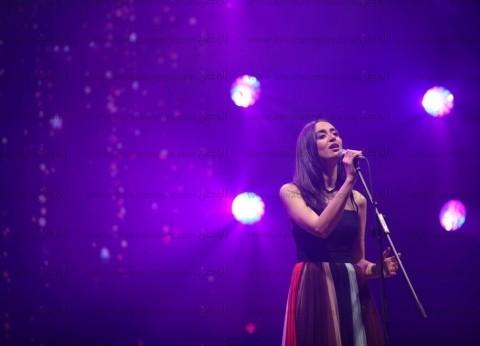 """فايا يونان تغني شعبي مع منى الشاذلي على """"CBC"""" الأربعاء"""