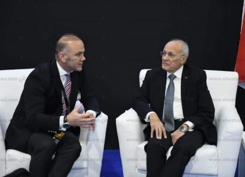 """وزير الإنتاج الحربي القبرصي يلتقي """"العصار"""" ويشيد بـ""""EDEX 2018"""""""