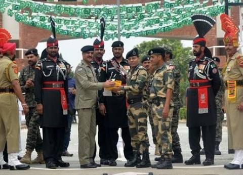 باكستان تعلن مقتل أحد مواطنيها وإصابة خمسة بنيران القوات الهندية