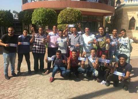 """""""عين شمس"""" تسلم طلابها تذاكر مباراة المنتخب الوطني"""