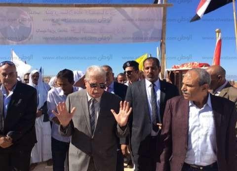 """محافظ جنوب سيناء يطالب """"الإسكان"""" بإنشاء وحدات سكنية لقاطني العشوائيات"""
