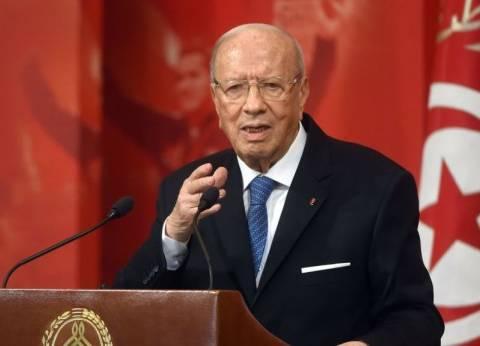 الرئيس التونسي يلتقي وزيرة الدفاع الإيطالية