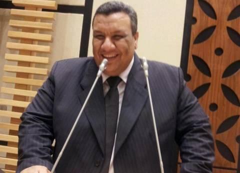 مصطفى سالم: تغيير خطوط مياة الشرب بطهطا
