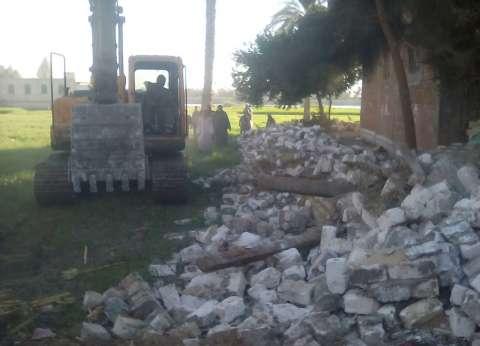 إزالة 155 حالة تعد على أملاك الدولة وطرح النيل بالمنيا