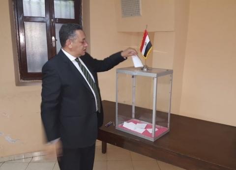 بدء التصويت في ثالث أيام الاستفتاء بمقر السفارة المصرية في الجزائر