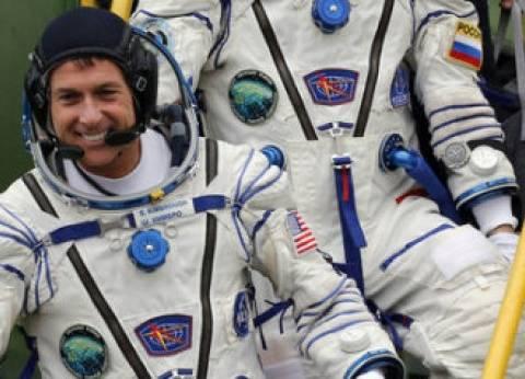"""الأمريكيان الوحيدان في الفضاء يشاركان في الانتخابات.. العنوان: """"المدار الأرضي المنخفض"""""""