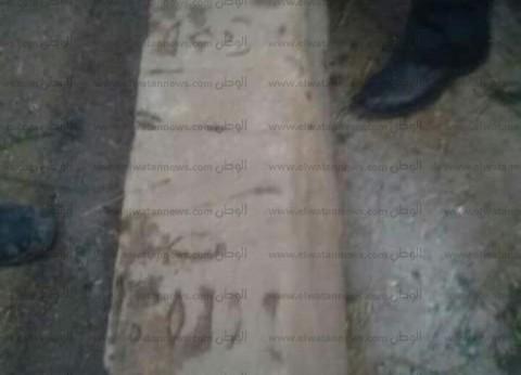 النيابة تحرز العمود الحجري المشتبه في أثريته بكفر الشيخ