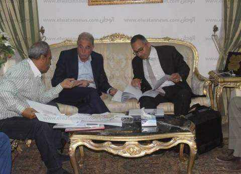 محافظ جنوب سيناء يجري تعديلات على حركة التنقلات بالتربية والتعليم