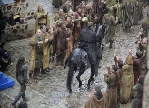 """صور مسربة تكشف أسر """"يارا"""" في الموسم السابع من Game of Thrones"""