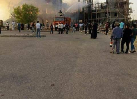 السيطرة على حريق بسيارة شرطة في العاشر من رمضان