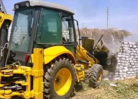 إزالة فورية لحالتي تعدِ على الأراضي الزراعية بسوهاج