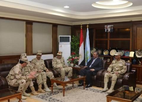 محافظ كفر الشيخ وقيادات بالقوات المسلحة يتفقدون لجان الانتخابات