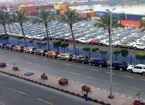 """129 سفينة بـ""""ميناء الإسكندرية"""".. واستقبال 10872 شاحنة خلال 24 ساعة"""