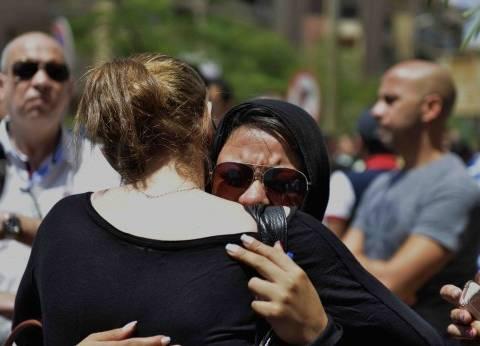 أهالى ضحايا «الرحلة 804» يؤدون صلاة الغائب على أرواح ذويهم ويطلبون كشف حقيقة «العمل الإرهابى»