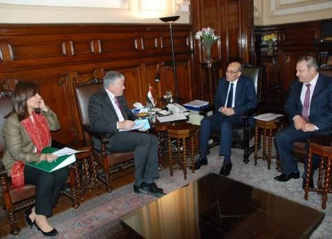 وزير الزراعة والسفير الفرنسي بالقاهرة يبحثان سبل التعاون الزراعي
