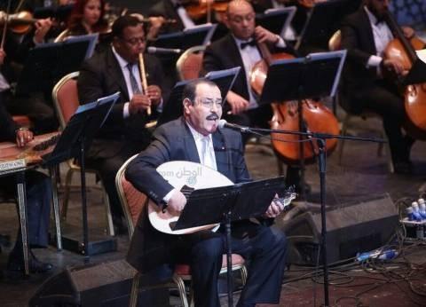 بالصور| لطفي بوشناق يحيي حفلا غنائيا بدار الأوبرا المصرية
