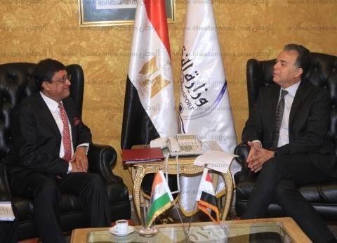 وزير النقل يستقبل السفير الهندي بالقاهرة لبحث التعاون المشترك بينهما