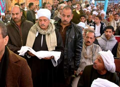 """محافظ سوهاج يشهد الصلح بين عائلتي """"الحرارزة والمراعوة"""""""