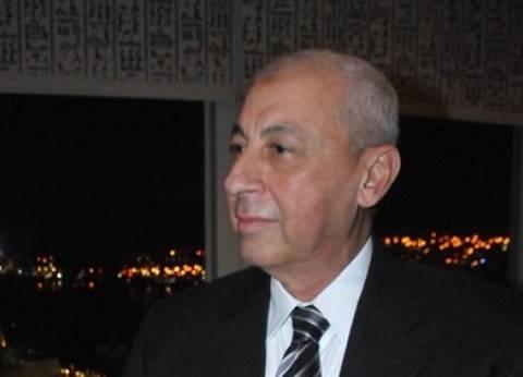 محافظ أسوان يعتمد التعريفة الجديدة لخطوط السيرفيس