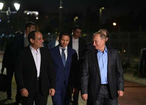 ياسر رزق: السيسي يستغل علاقاته الشخصية لصالح مصر