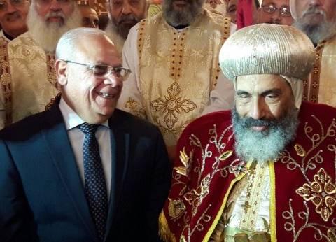 محافظ بورسعيد يقدم التهنئة للأقباط بمناسبة عيد الميلاد المجيد