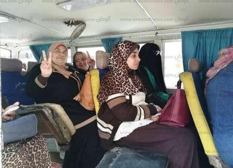 """معلمات الإسكندرية ينظمن """"مسيرة سيارات"""" للمشاركة بالاستفتاء"""