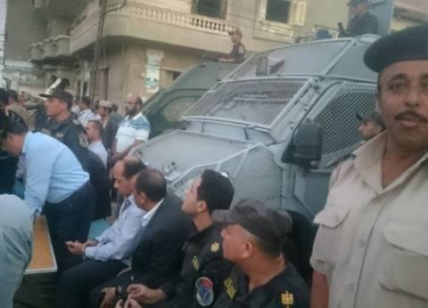 """ضبط 15 من أهالي """"المشاعلة"""" لإصابتهم 4 من رجال الشرطة في حملة إزالة بالشرقية"""