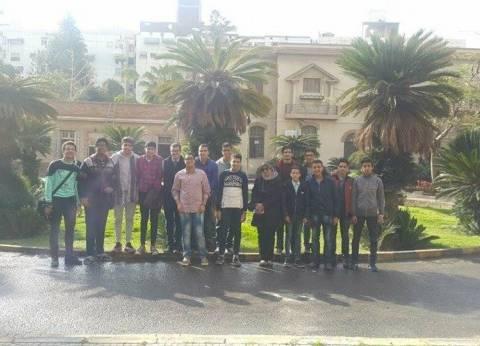 مدرسة أبو بكر الصديق الثانوية بنين تزور كلية العلوم بمحرم بك