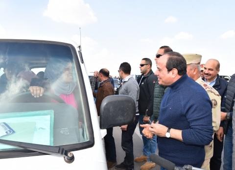 الرئيس السيسي يتفقد عددا من مشروعات العاصمة الإدارية