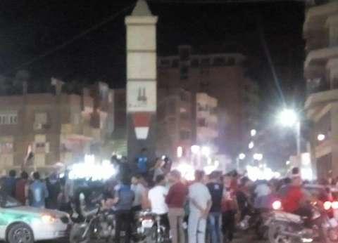 عربات الإسعاف تنتشر في ميدان التحرير
