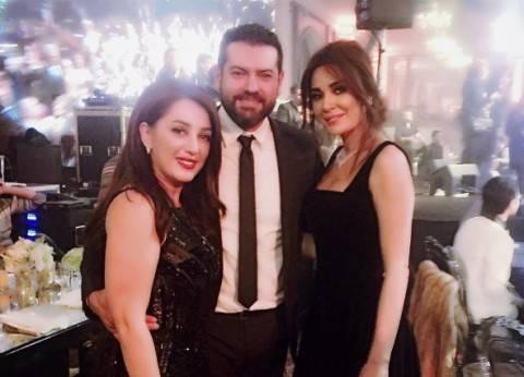 سيرين عبدالنور تنشر صورة جديدة مع عمرو يوسف وكندة علوش