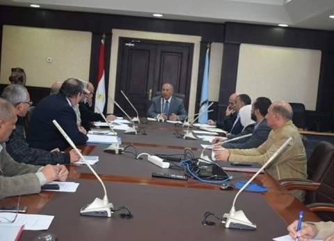 محافظ البحر الأحمر يناقش خطة التعبئة العامة لعام 2017-2018