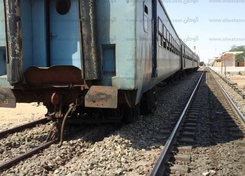 ركاب قطار قليوب يقفزون من الأبواب بعد اشتعال الجرار