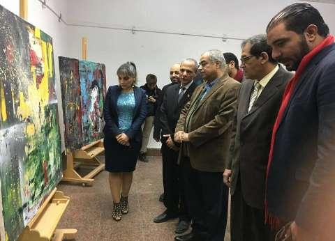 افتتاح معرض فني لفنانة تركية في الأقصر