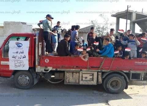 سيارات أهلية تنقل الناخبين إلى لجان الاستفتاء في الشيخ زويد