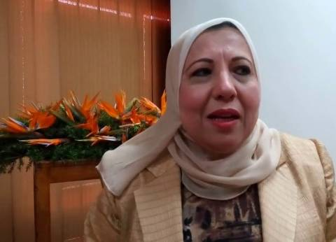 """نادية مبروك تطلب تقريرا عن حلقة """"الانتماء"""" في """"إذاعة القران الكريم"""""""