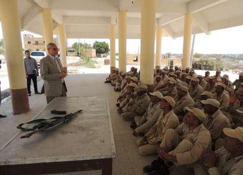 مدير أمن المنيا يتفقد مركز تدريب الشرطة ويشدد على رفع الكفاءة القتالية