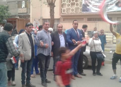 مسيرة بالظاهر لحث المواطنين على المشاركة في الانتخابات الرئاسية