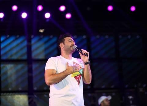 تامر حسني يحيي حفلا في جامعة هليوبوليس الأربعاء المقبل