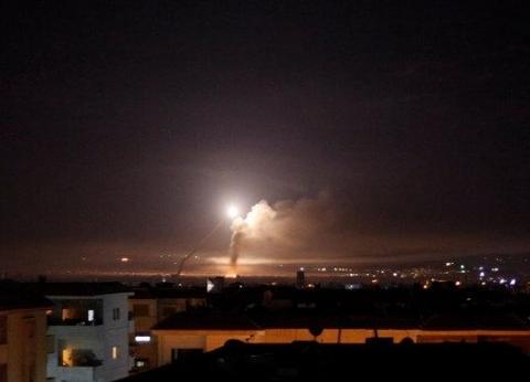 عاجل| إسرائيل تشن سلسلة غارات عنيفة على قطاع غزة