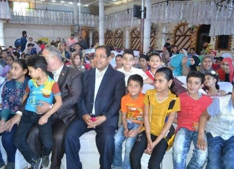 بالصور| محافظ الغربية يشارك في احتفالية الجمعية المصرية لتشغيل الشباب بعيد اليتيم
