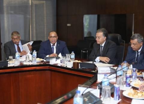 """وزير النقل يناقش مع """"موانئ البحر الأحمر"""" دعم المشروعات الاستثمـارية"""