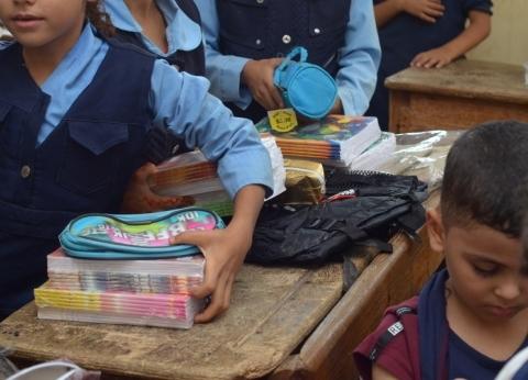 جمعية الأورمان توزع 1000 شنطة مدرسية على الطلاب غير القادرين بالغربية