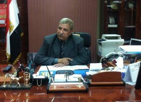 محافظ الإسماعيلية يشدد على المسئولين بضرورة التواصل مع المواطنين