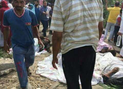 """""""إسعاف الإسكندرية"""" يصدر 37 تصريح دفن لضحايا حادث القطارين"""