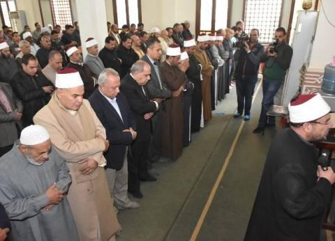 وزير الأوقاف: الأعمال الإرهابية لن تثنينا عن الإقبال على المساجد