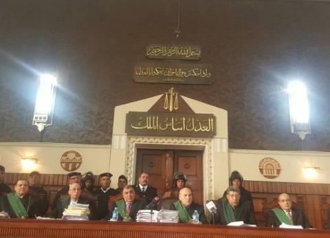 """فريد الديب: """"العادلي"""" معذور بجهله بالقوانين المالية"""
